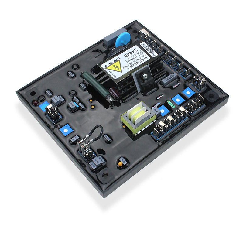 产品介绍: R230发电机自动调压板 100 VDC 8 Amp,利用剩磁而发出很弱的电压,这个电压再回馈给发电机的励磁线圈而产生更强的磁场, 发出高的电压,这样慢慢电压就长高,适用于自激式无刷式发电机。 1、可被R220,R250代替,区别在于R220是采用永磁励磁机作为励磁电源,但是R230/R350是采用自激式作为励磁电源,基本功能是一样的。 2、可代替R220,R250基本上无区别。 相容机种 : Leroy Somer R230, R250, R230B, AEM110RE014, Olympi
